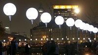 "Berliners welcome ""Wall"" of lights"