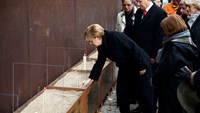 Germany marks 25 years since the fall of the Berlin Wall