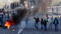 Second day of violent clashes in Israel following death of Arab Israeli