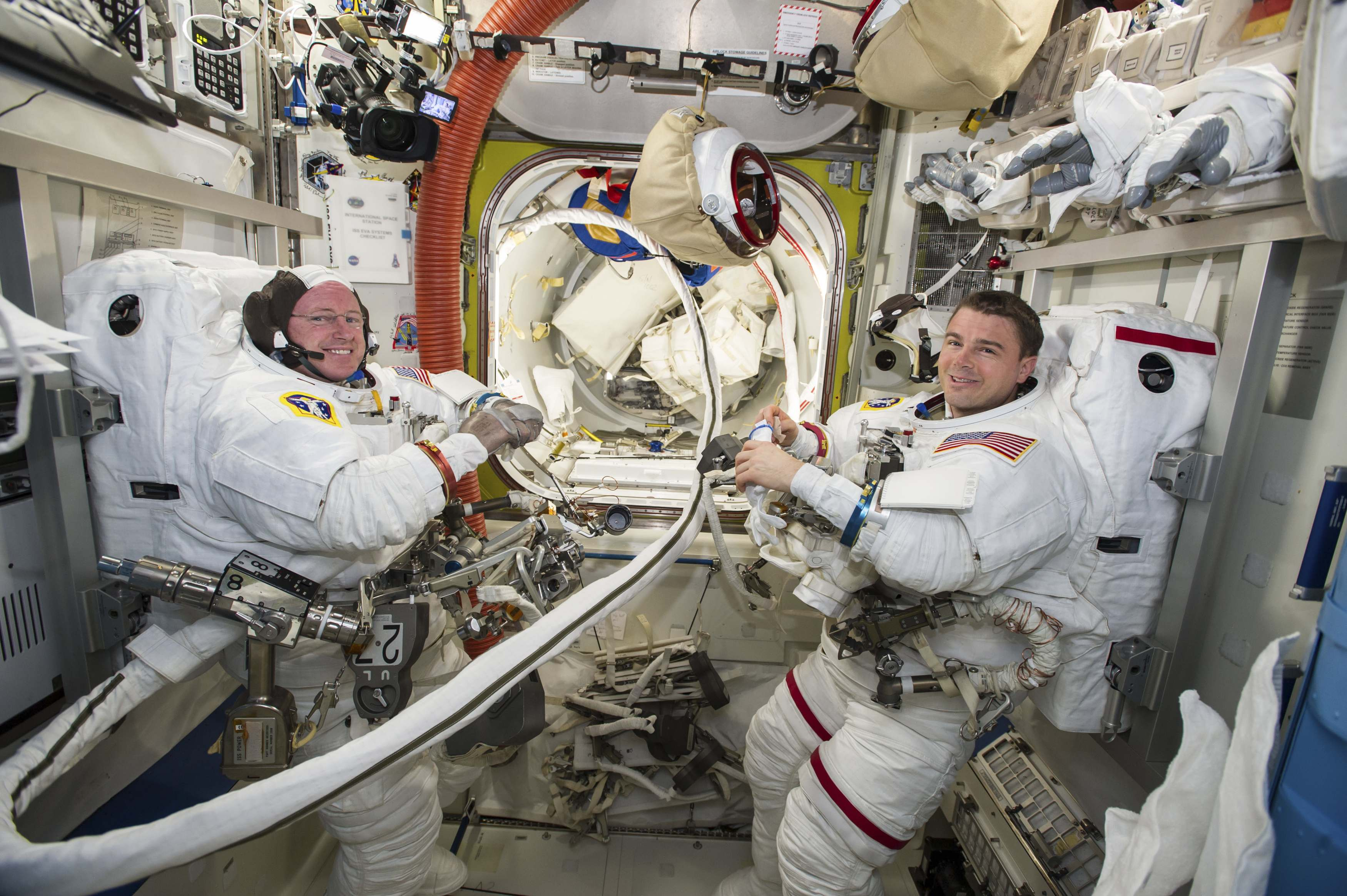International crew leaves space station, heads back to ...