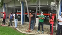 Mexico protesters block airport