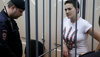 Ukrainian army pilot Nadezhda Savchenko appears in Moscow court