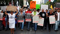 Mexicans angry over missing students