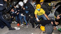 Hong Kong protesters break into gov't building, four arrested