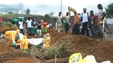 Sierra Leone steps up safe burials for Ebola victims