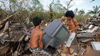 Philippines counts cost of Typhoon Hagupit