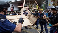 Final protest site dismantled in Hong Kong