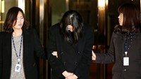 Korean Air boss's daughter detained in 'nut rage' case