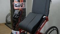 Stand-up wheelchair lifts patients to an upright position