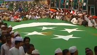 Thousands of Bangladeshis march in capitol to celebrate prophet Mohammad's birthday
