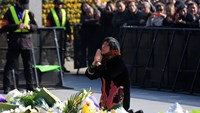 Familes mourn victims of Shanghai stampede amid close police scrutiny