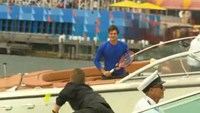 Roger Federer and Lleyton Hewitt play tennis boat-to-boat at speed