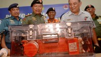 Analysis begins on AirAsia flight recorder