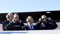Aircraft carrier could support Iraq operations: Hollande
