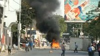 Haitian police fire tear gas in anti-government protest