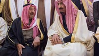 New Saudi King greeted by well-wishers in Riyadh