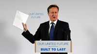Britain's Prime Minister David Cameron delivers a speech at Dynamic Earth in Edinburgh, Scotland January 22, 2015. The British government began a historic transfer of powers to Scotland on Thursday, keeping a pledge it had given to persuade Scots to rejec