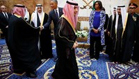 White House defends first lady's attire in Saudi Arabia