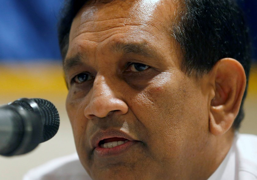 Rajitha Seneviratne, Sri Lanka's government spokesman, speaks during a forum of Sri Lanka's foreign correspondents in Colombo January 28, 2015. Sri Lanka is planning an investigation into accusations of human rights abuses in the final stages of a 26-year