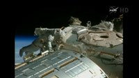 Astronauts prep ISS 'parking spots' for space taxis