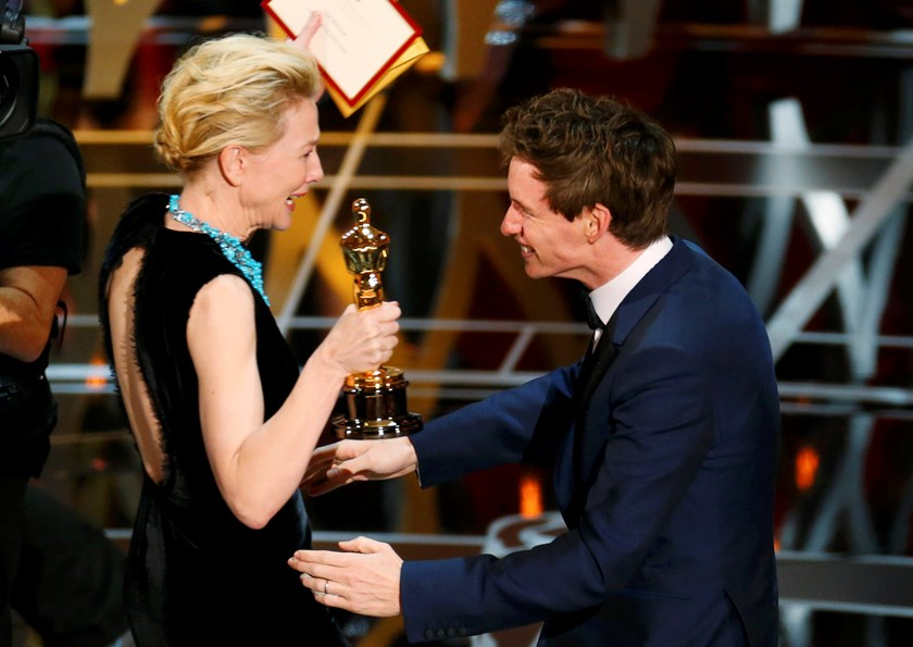 Eddie Redmayne wins first Oscar for 'Theory of Everything'