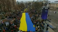 Ukraine blast kills 2 during 'peace march' to mark uprising