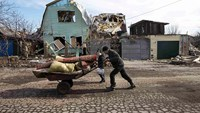 Ukraine truce appears to be holding - no troop deaths reported