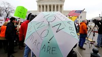 Supreme Court justices weigh challenge to Obamacare