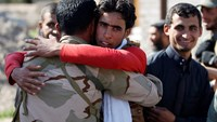 Celebrations as Islamic State is forced out in town near Tikrit