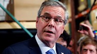 Jeb Bush denies he has Clinton-like email problem