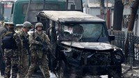 U.S. soldiers arrive at the site of a suicide attack in Kabul February 26, 2015. Photo credit: Reuters