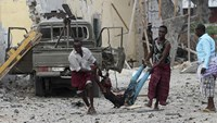 Islamist fighters kill seven in Somali hotel, troops regaining control