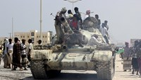 Tribal forces fight al Qaeda in eastern Yemen