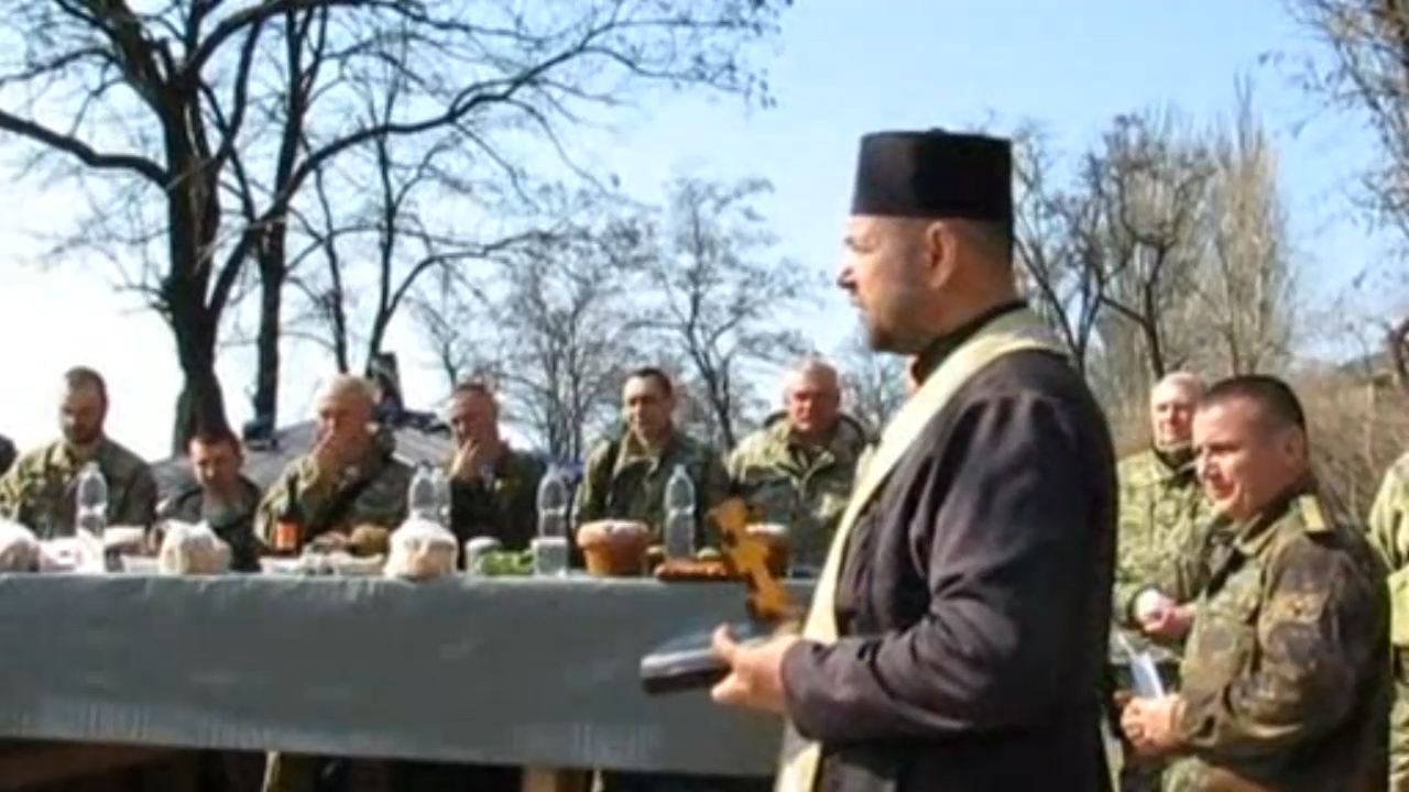 Easter In The Trenches For Ukrainian Troops World