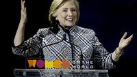 Gender and economic issues top agenda for Hillary Clinton at women's summit