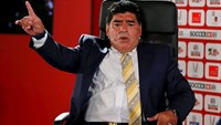Maradona launches attack on Blatter