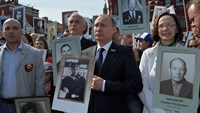 Russia stages WWII victory parade as West stays away