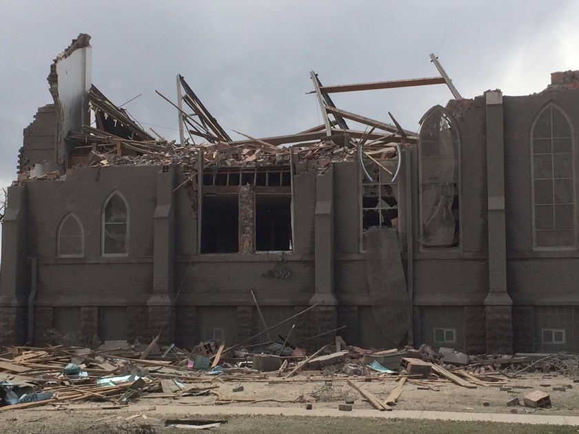 The Zion Lutheran Church stands in ruin after a tornado touched down demolishing the church and damaging homes in the town of Delmont, South Dakota May 10, 2015. Photo: Reuters