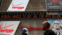Verizon buys AOL for $4.4 bln