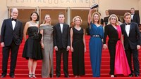 Unconventional Cannes opener has France's mood in mind