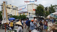 A branch of VietinBank near the Binh Tay market in Ho Chi Minh City. Photo: Bloomberg
