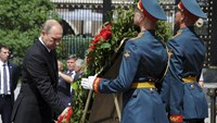 Russia and Ukraine mark WW2 anniversary