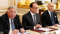 French FM says trust undermined by U.S. spying claims