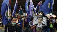 Thousands march for Hong Kong democracy