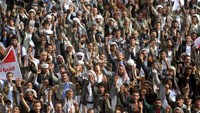 Houthi supporters protest against UN