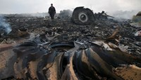 New footage emerges of MH17 crash aftermath