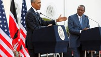 Obama jokes about his birth certificate at state dinner in Kenya