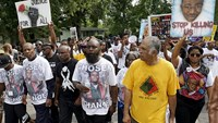 Activists mark anniversary of Michael Brown shooting