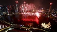 Singapore celebrates 50th anniversary in style