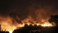 Huge explosions in China's Tianjin port area kill 17, hurt 400